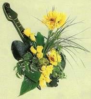 İzmir Konak ucuz çiçek gönder  Özenle yapilmis güzel bir arajman